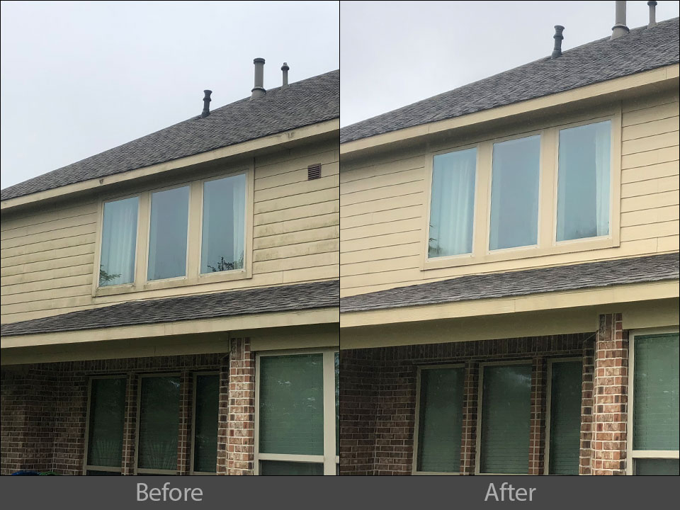 pressure cleaning house wood siding
